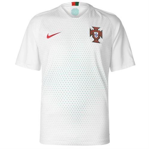 נבחרת פורטוגל לבן