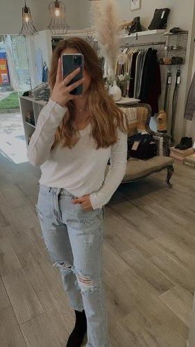 ג'ינס  ליקיס קרעים