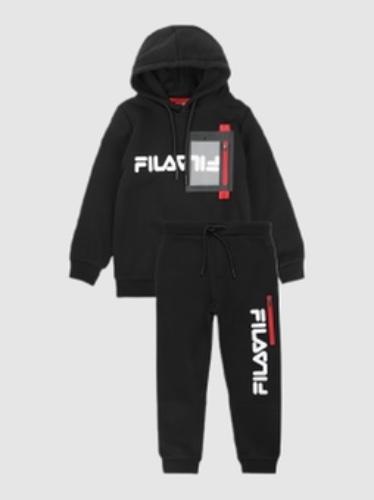 Fila חליפת קפוצון שחורה לוגו אדום מידות 2-8