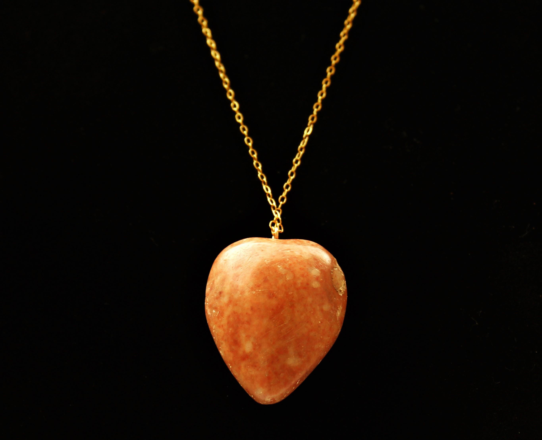שרשרת גולדפילד עם אבן כתומה בצורת לב