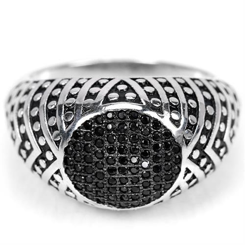 טבעת כסף לגבר מעוצבת משובצת טופז שחור