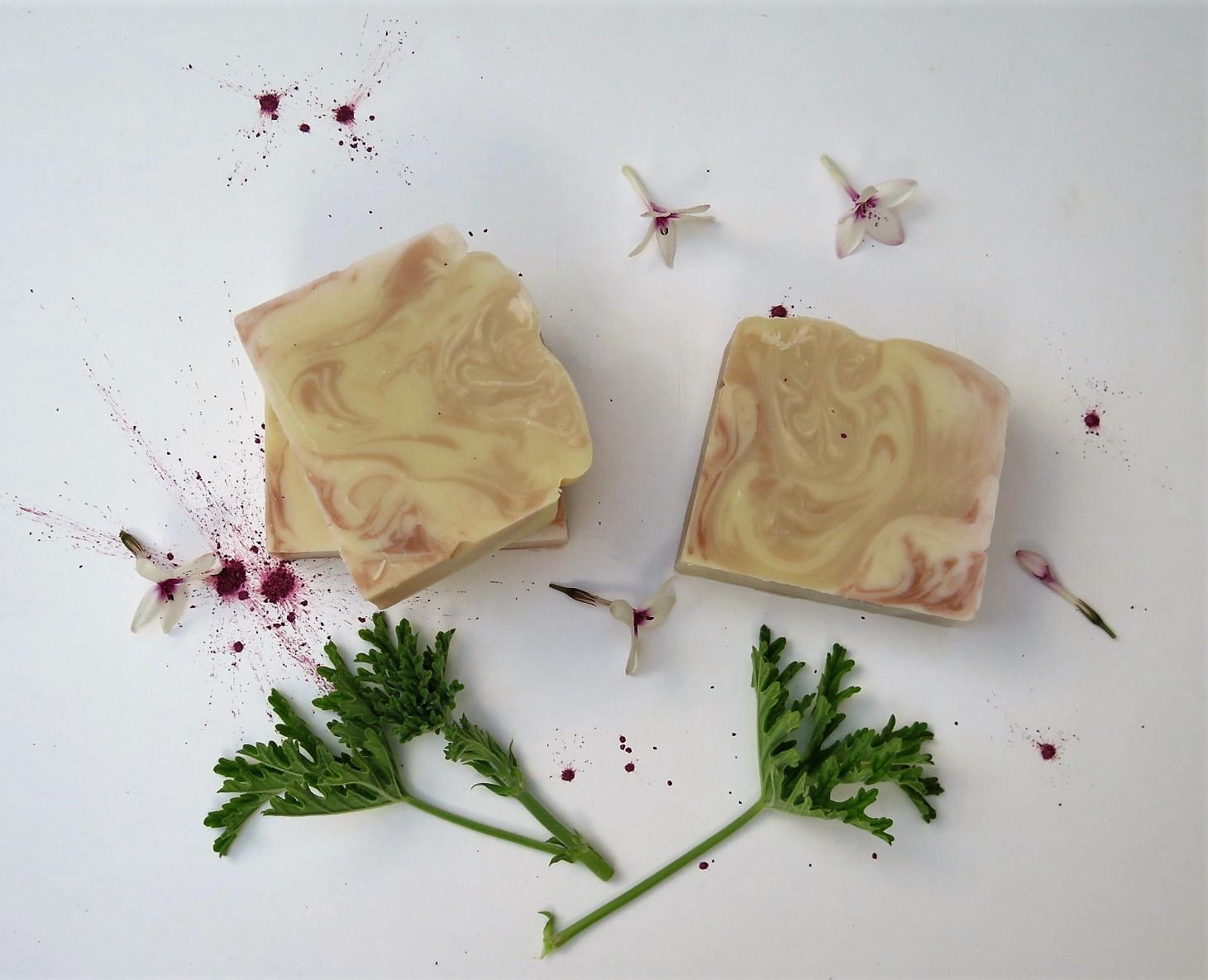 סבון גרניום וילנג ילנג