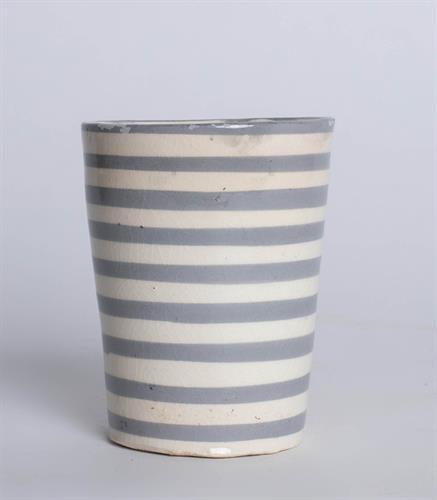 כוס מצויירת פסים - אפור