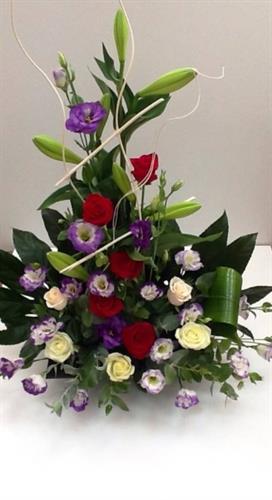 סידור פרחים מיוחד-מקט 56