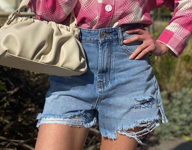 שורטס קרעים ג'ינס