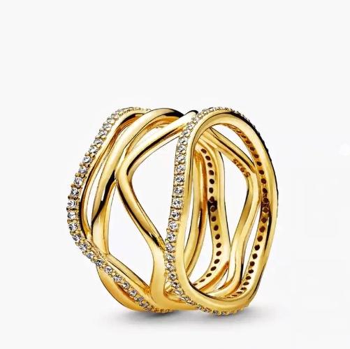 """טבעת ״Shilat"""" בציפוי זהב"""