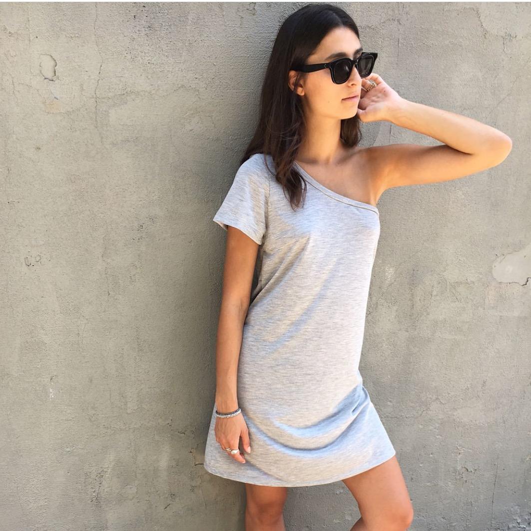 שמלת בייס כתף - אפורה