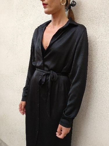 שמלת MAY - מכופתרת שחורה