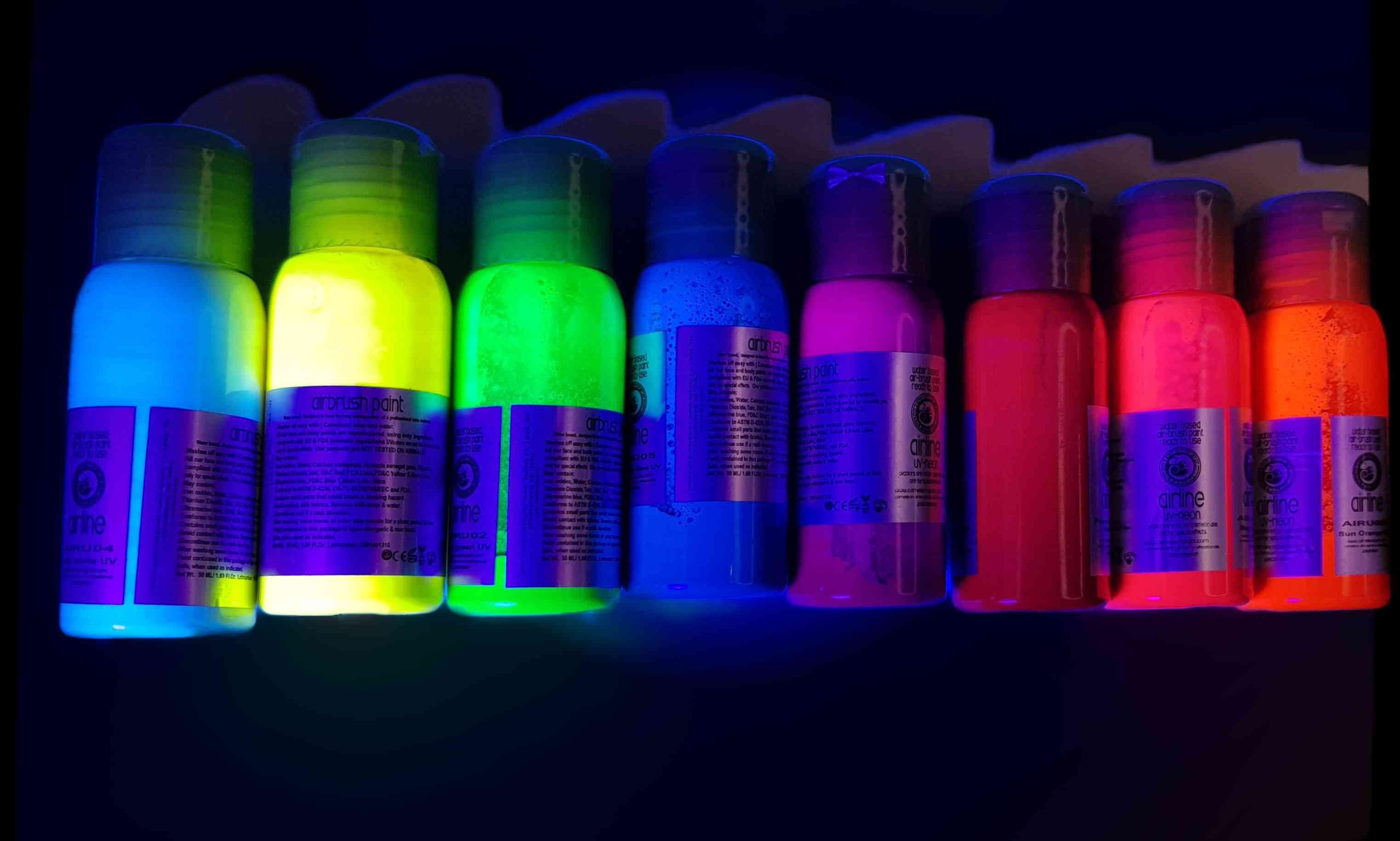 של סט 8 צבעי פנים וגוף נוזלים  זוהרים  neon airbrush color
