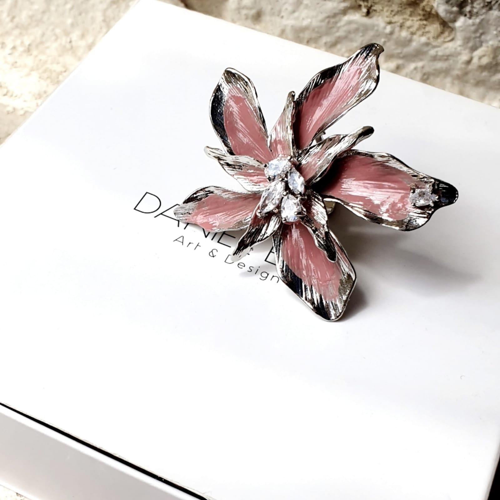 טבעת פרח פתוח ורוד עתיק