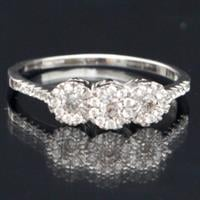 טבעת כסף משובצת זרקונים RG7552