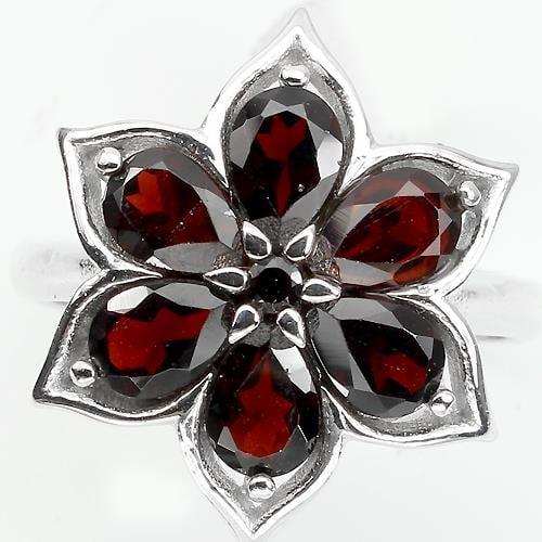 טבעת כסף משובצת אבני גארנט אדום RG0834