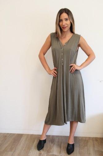 שמלת כפתורים ירוקה