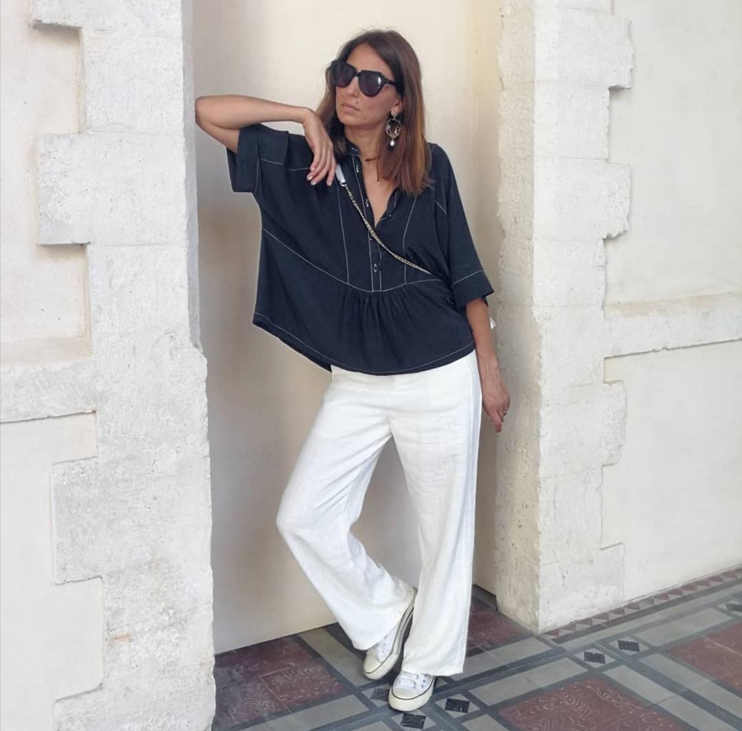 חולצת אדל פריזאית - שחורה