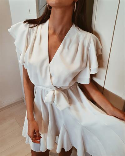 שמלת אגם - לבנה