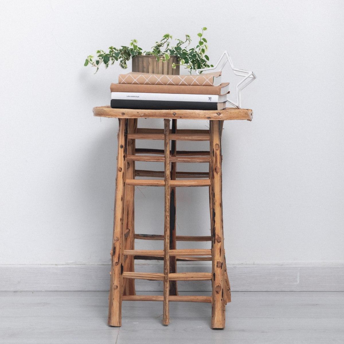 שרפרף / שולחן צד - נצרים