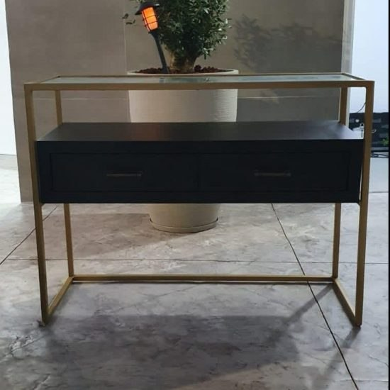 קונסולה מעץ בצבע שחור 2 מגירות בשילוב זכוכית ומסגרת ממתכת בצבע זהב (מידות 120*80*40)