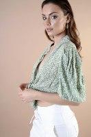 חולצת מישל כפתורים ירוק/לבן
