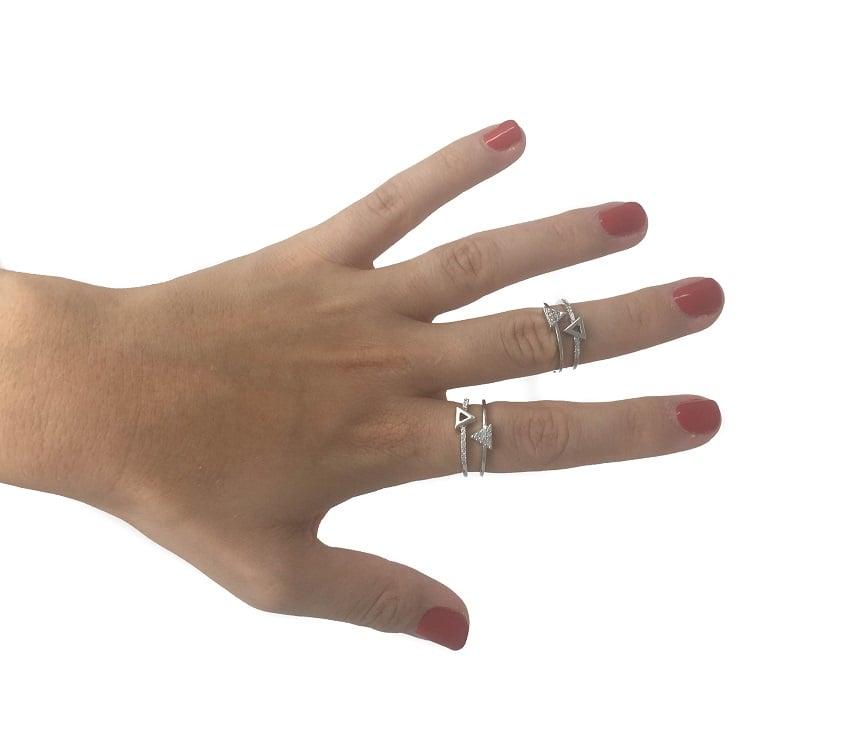 טבעת - משולש והיפוכו