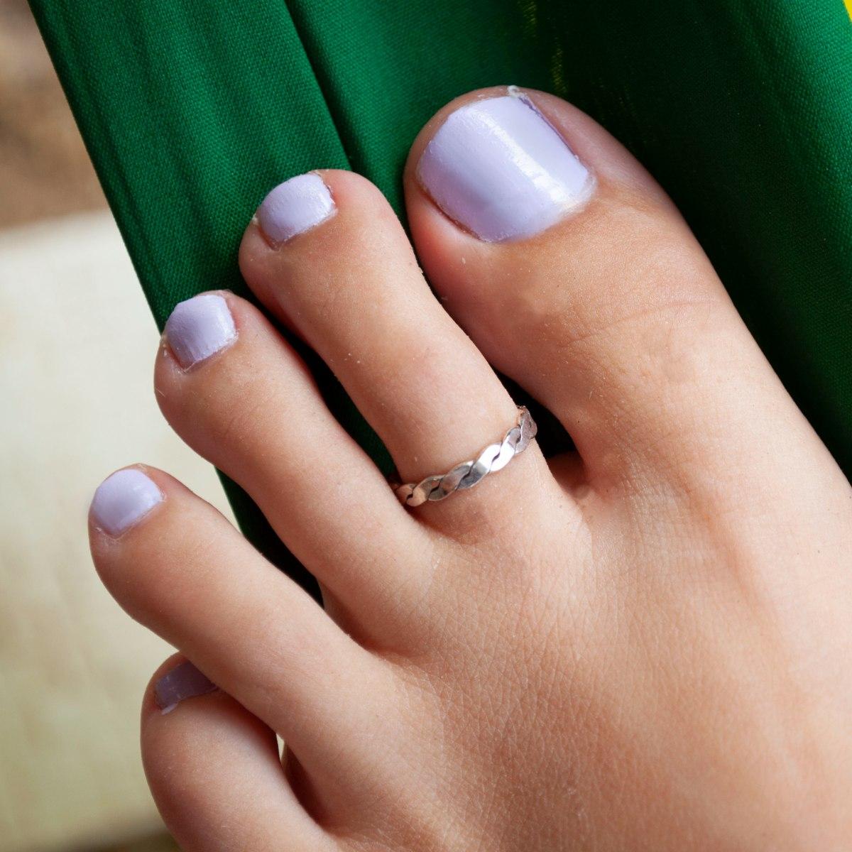 טבעת רגל דפני