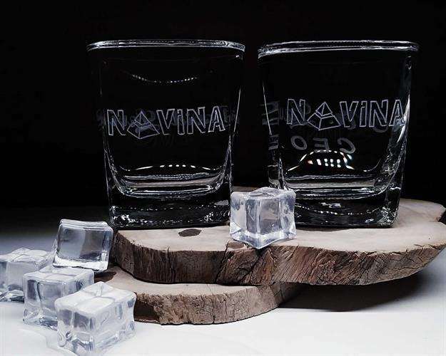 כוסות וויסקי ממותגות