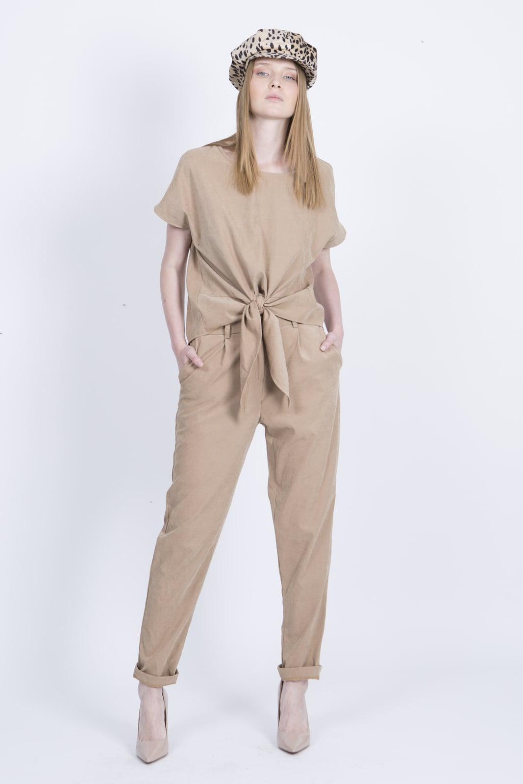 חליפת מליסה קאמל