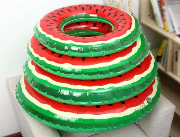 גלגל ים מתנפח בצורת אבטיח בגדלים שונים