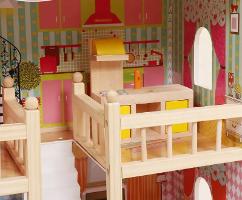 בית בובות וילה, כולל סט אביזרים - קפיץ קפוץ