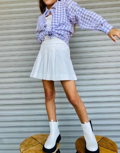 חצאית קפלונים לבנה