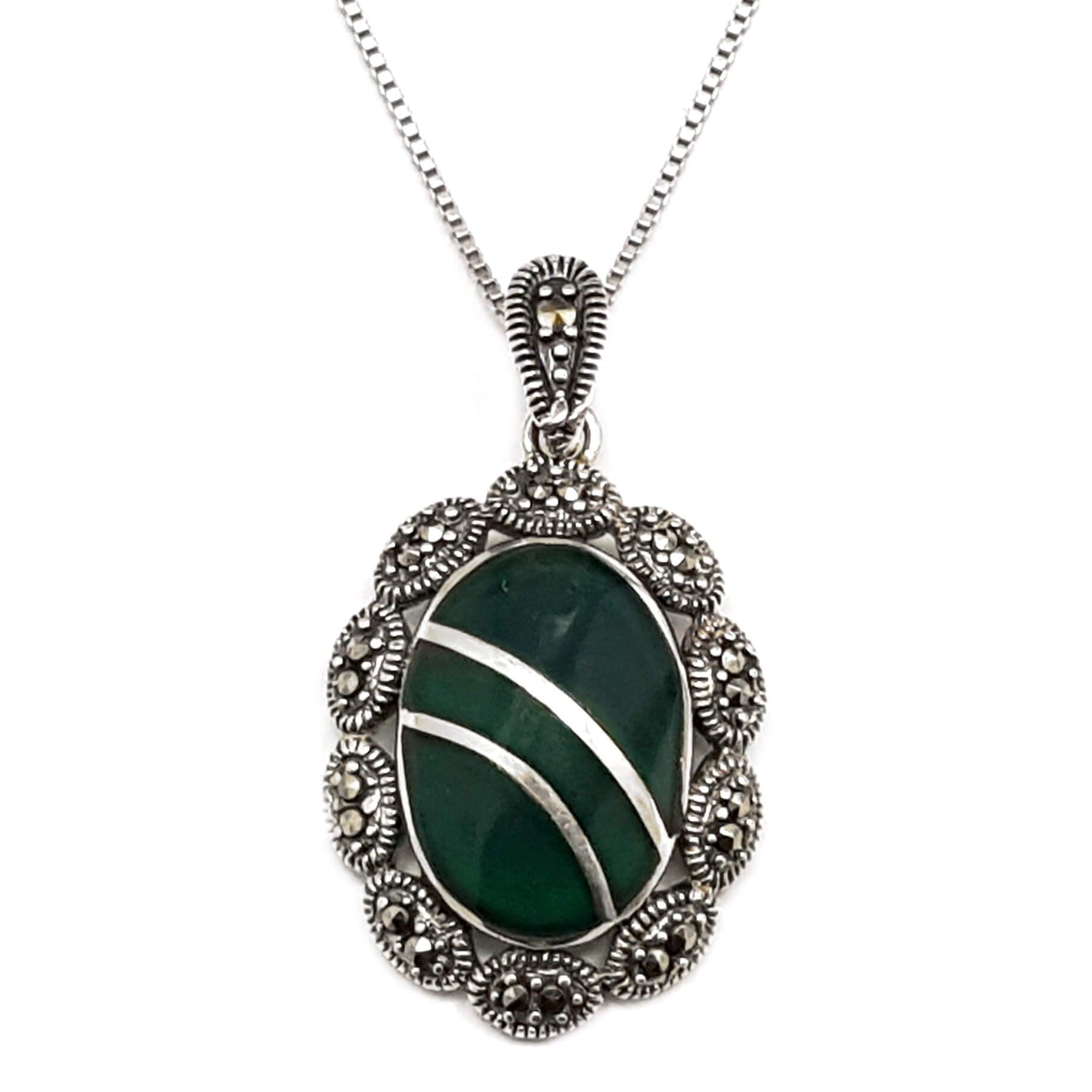 תליון מכסף מעוצב משובץ אבני מרקזטים ואמייל בצבע ירוק T5917 | תכשיטי כסף