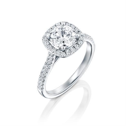 טבעת אירוסין זהב לבן 14 קראט משובצת יהלומים CUSHION HALOW