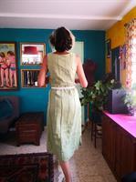 שמלת פשתן ירקרקה עם שסעים מידה S/M