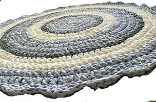 שטיחים סרוגים, שטיח סרוג, שטיח עגול, שטיח בצבע תכלת ואפור, שטיח לחדר ילדים, עיצוב חדרי תינוקות, חדר לתינוק, שטיח עגול, שטיח לחדר, שטיח מטריקו