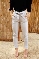 מכנס מייגן דמוי עור קייצי לבן/כסוף/שחור