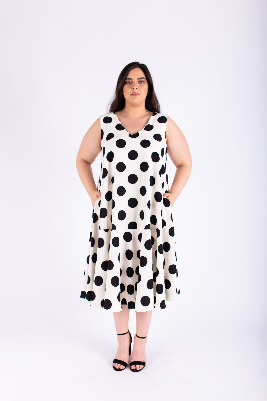 שמלת אנני נקודות שחור לבן
