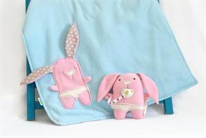 בובת התפתחות, בובת תינוקת: יפית הארנבונת היפיופית