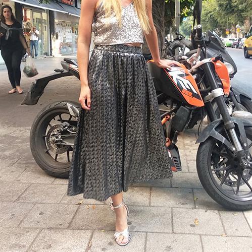חצאית דייזי מידי הדפס כסוף מבריק על שחור
