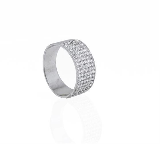 טבעת שורות יהלומים לגבר