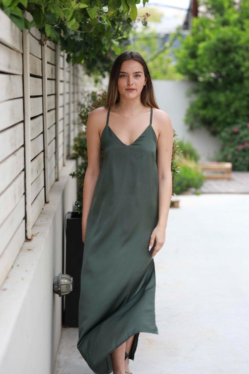 שמלת סאטן  שליץ