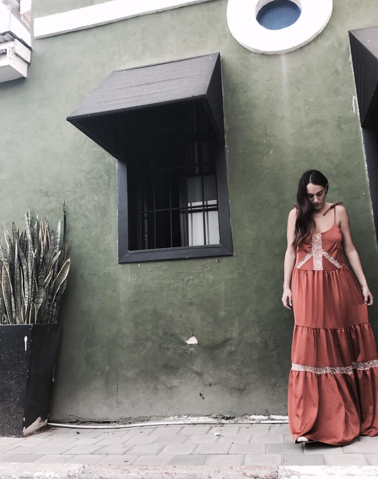 שמלת מקסי תחרה