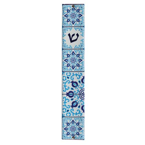 """מזוזה פרספקס 12 ס""""מ לבן עם הדפסה עיטור פסיפס גווני כחול"""