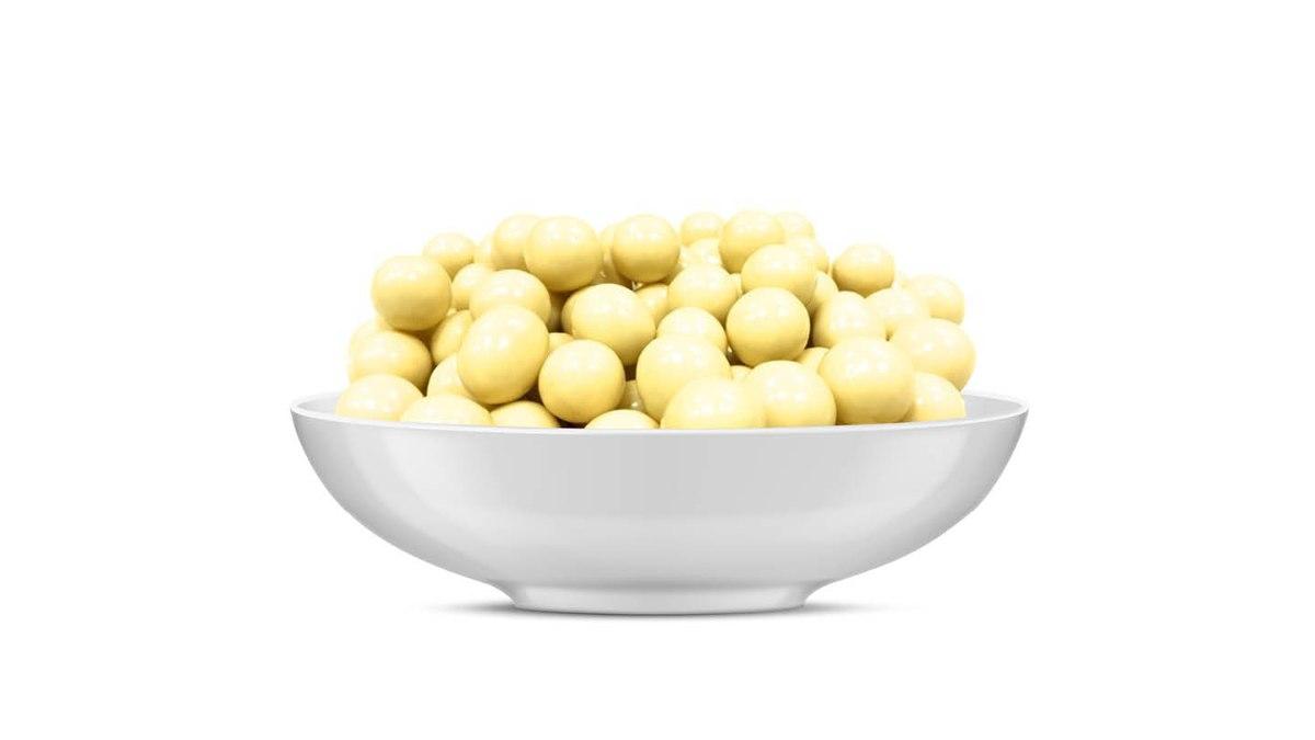 אגוזי לוז מצופים שוקולד לבן 100 גרם