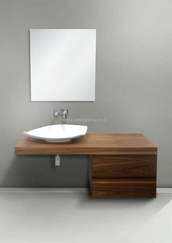 ארון אמבטיה מספר 6