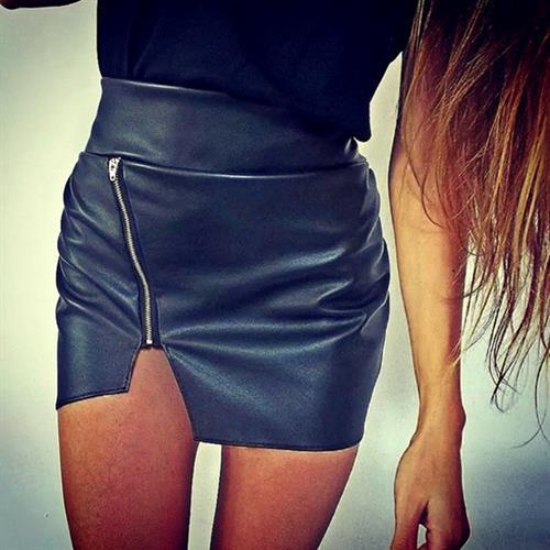 חצאית מיני סקסית דמוי עור