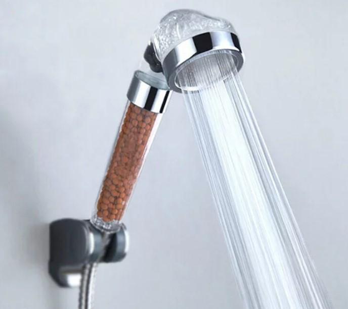 ראש דוש מגביר זרם למקלחת