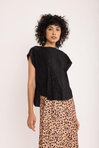 חולצת גופרה - שחור