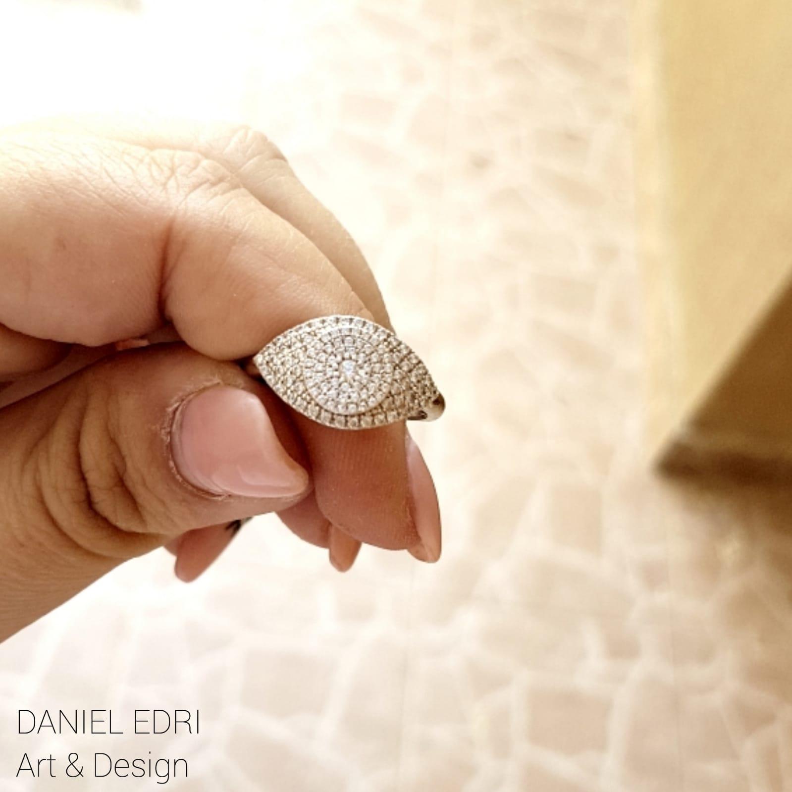 טבעת עין גדולה כסף זרקונים