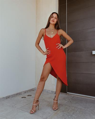 שמלת נויה - אדומה