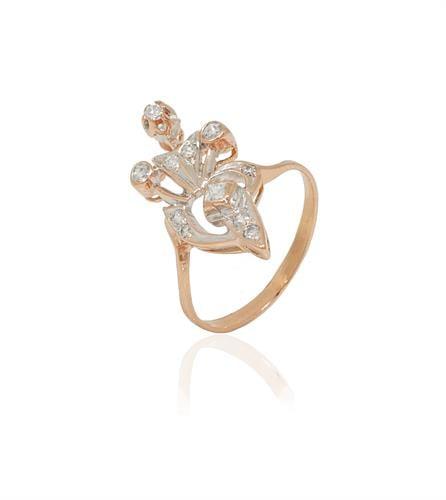 טבעת זהב ורוד מיוחדת משובצת זרקונים