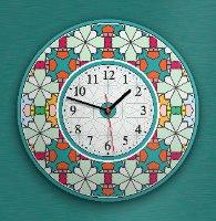 שעון קיר מעוצב, זכוכית אקרילית, דגם 2022  TIVA DESIGN